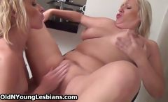 Teen girl loves licking a horny mature