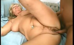 Overrupe Mature Blond Slut Gets Her Old
