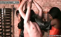 Hooters Carmen ing bdsm hard-core